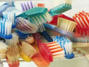 63_old-toothbrushes